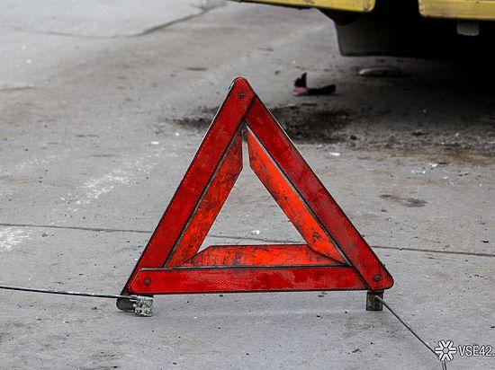 В аварии на кузбасской трассе насмерть разбились два человека