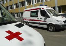 Психически больной пациент ударом ноги отправил фельдшера специализированной бригады скорой помощи в кому
