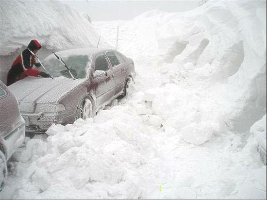 Сочи во власти снежной стихии