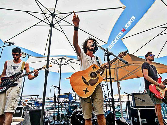 Buckets N Joints: израильский рок с американскими специями