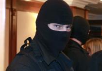 Федеральная служба безопасности России обнародовала видео задержания мигрантов, подозреваемых в подготовке серии терактов в Москве
