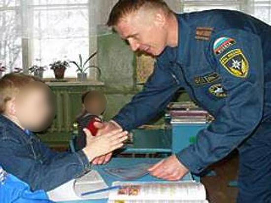 Из героя в насильники: обладателя ордена «Золотое сердце» арестовали за надругательство над ребенком