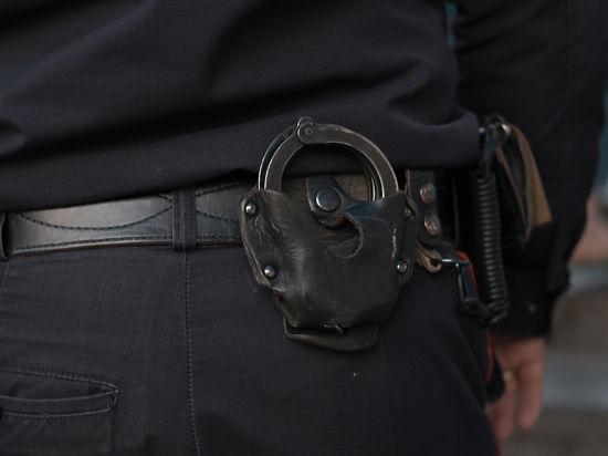 Преступник, ранивший ножом полицейского, может быть членом банды серийных разбойников