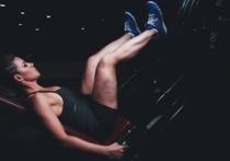 Нужно ли качать пресс, чтобы убрать жир на животе? Вредно ли пожилым заниматься силовыми тренировками? Фитнес принесет эффект лишь в том случае, если заниматься им каждый день? Самые популярные фитнес-мифы для читателей «МК» развенчивает вице-чемпион Европы и мира по фитнесу Алексей СЕМЕНОВ