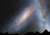 Шесть быстрых радиоимпульсов, порой неофициально называемых «инопланетными сигналами», зафиксировали ученые с помощью радиотелескопа Грин-Бэнк в Западной Виркинии и обсерваторией Аресибо в Пуэрто-Рико