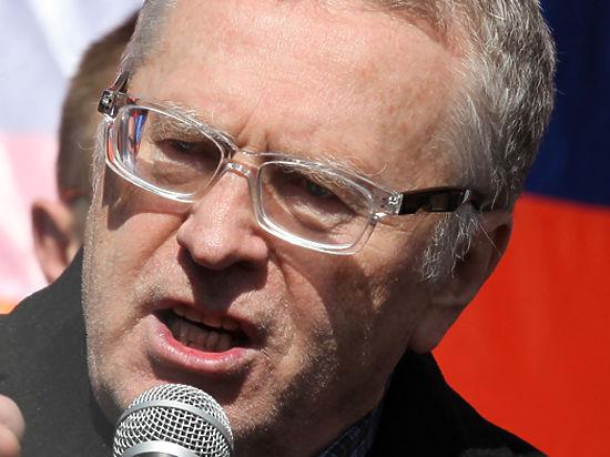 Жириновский перед Путиным разругал обстановку Кремля: «Формальдегид, удар по здоровью»