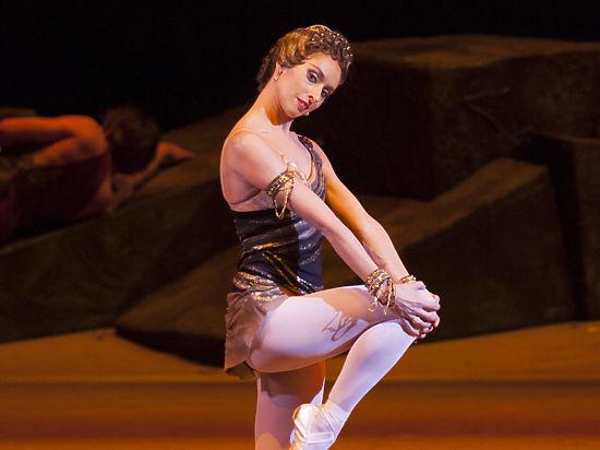 Прима-балерина Большого — о новогоднем меню, этуалях и закулисной жизни