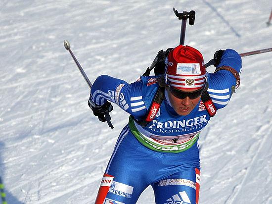 Российскую биатлонистку Романову дисквалифицировали из-за подозрений в употреблении допинга