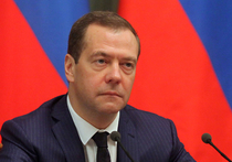 Премьер-министр РФ Дмитрий Медведев в своем твиттере прокомментировал новые санкции США против России, но не нашел поддержки у подписчиков