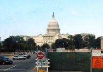 Источник агентства «Интерфакс» сообщил о трудностях, с которыми сталкиваются российские дипломаты, обязанные покинуть территорию США в течение 72 часов после объявления президентом страны Бараком Обамой о новом списке мер против РФ