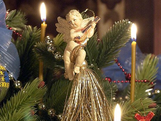 Рождество: как правильно встречать праздник, рассказал Андрей Кураев - МК