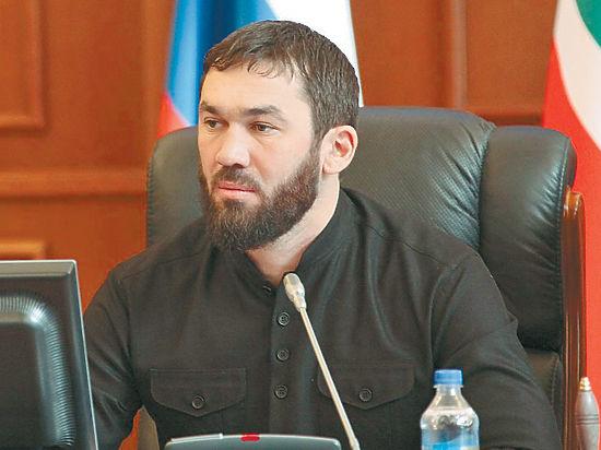 Оскорбленный спикером парламента Чечни журналист собирается подать в суд