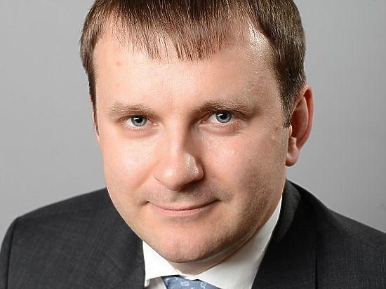 Максим Орешкин предпочел не связывать ситуацию в экономике с политикой