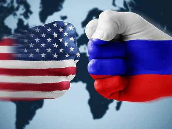 Политики обвиняют Россию во вмешательстве в ход президентских выборов в США