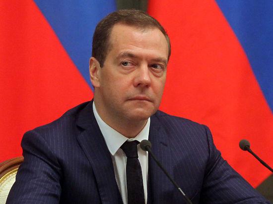 «Готовящийся по заказу Кремля документ предусматривает значительные преобразования в соцсфере через повышение нагрузки на население»