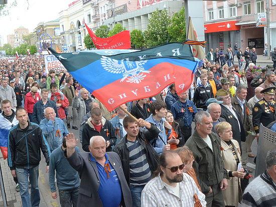 Главы ЛДНР мечтают повторить путь Крыма
