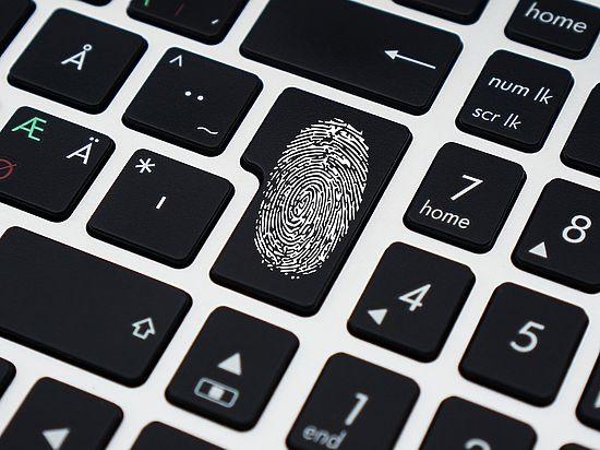 Хакеры смогут украсть отпечатки ваших пальцев прямо с фотографии