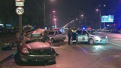 В сети появилось видео как пьяный водитель в Глазове таранит 5 машин