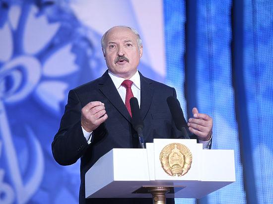 Лукашенко: братская Украина сражается за свою независимость
