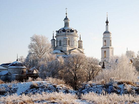 «Монахинь обвиняли в лесбийских наклонностях»: послушницам устроили ад в монастыре