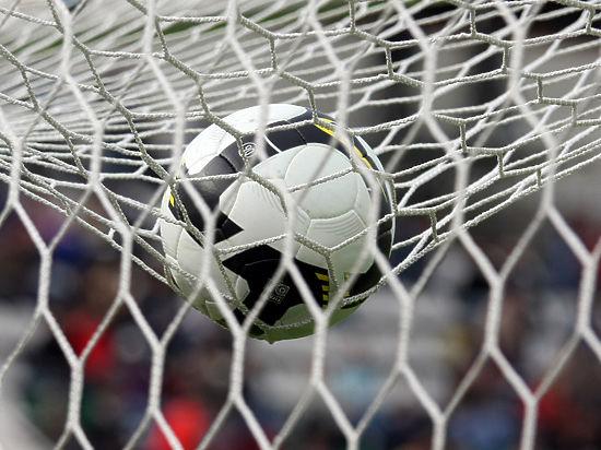 Пока в Африке играют в футбол, в Германии летают с трамплинов