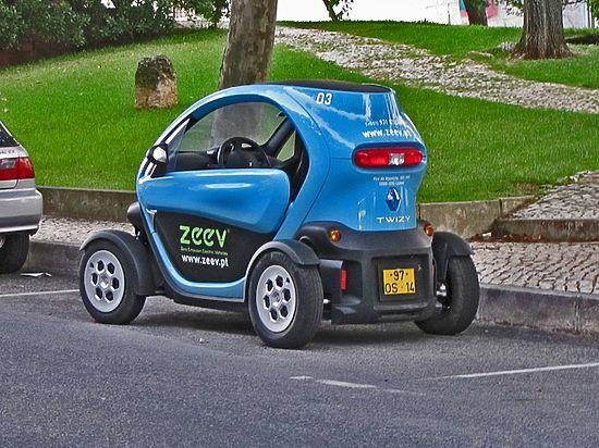 А обычным машинам запретят парковаться возле зарядных станций