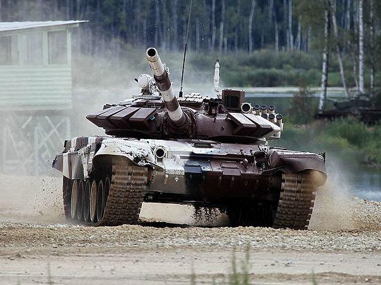Кремль опроверг поставку танков Т-72 ополченцам Донбасса