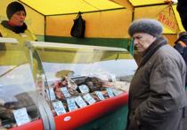 Какие там сыры — многие россияне уже не могут позволить себе купить рыбу, потому что она стоит дороже мяса