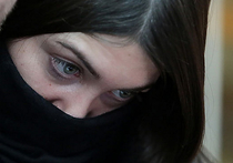 Гонщице-мажорке Маре Багдасарян, которая отбывает обязательные работы, грозит возбуждение уголовного дела за подделку медицинской справки