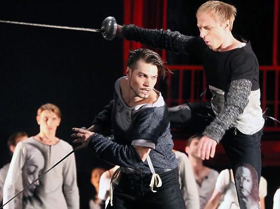 Престижная премия началась в этом году с постановки «Ромео и Джульетта»