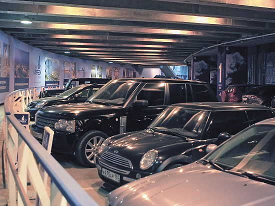 Почему подземные парковки в новостройках стоят полупустыми