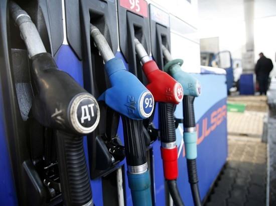 На каждой восьмой российской заправке продают суррогатное топливо