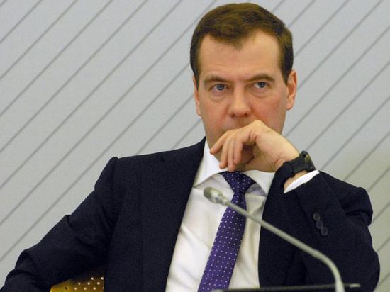 Расследование ФБК: снимут ли Медведева и посадят ли Навального