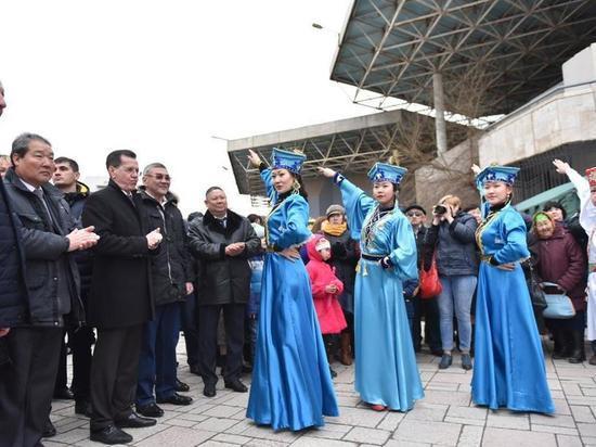 С широким размахом «Цаган сар» отпраздновали в Астраханской области
