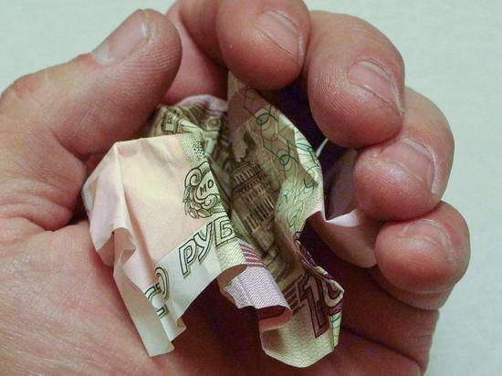 Привязку пенсии к подоходному налогу эксперты назвали опасной для россиян