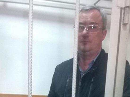 Дело разваливается: с экс-главы Коми Гайзера сняли одно из обвинений