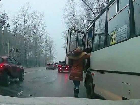 Воронежцам предложили анонимно сообщать о нарушителях за рулем маршруток