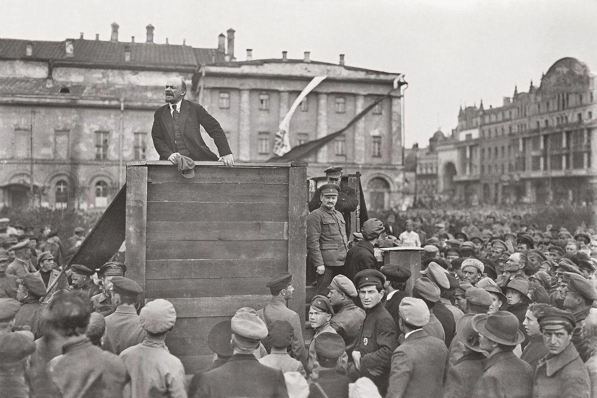предрассветной картинки октябрьская революция 1917 года в россии девушки
