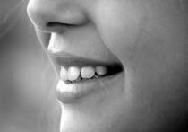 Почему зубы со временем меняют свой цвет? Какие существуют методики домашнего и профессионального отбеливания зубов? Какие изних наиболее эффективны ибезопасны? Как сохранить белизну улыбки надолго?...