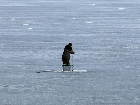 В Подмосковье предложили штрафовать провалившихся под воду рыбаков