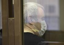Шестеро жителей Татарстана, которые по заказу столичного бизнесмена пытались два раза убить жениха его бывшей девушки, получили сроки от 11 до 18 лет строгого режима