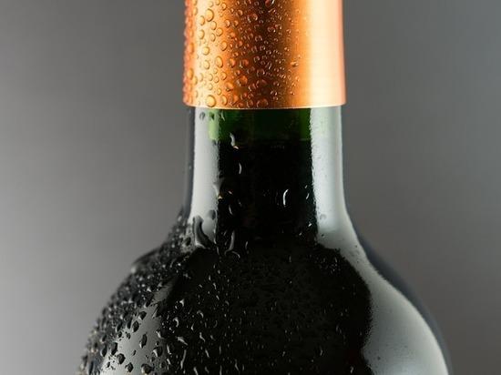 Емкость позволяет напитку не оставлять потеков