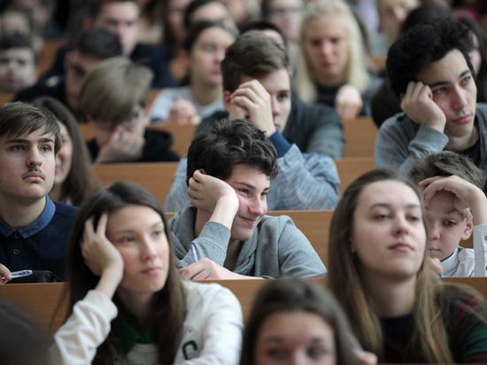 68% московских семей берут репетитора уже в 9‑м классе