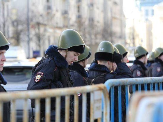 Тысяча задержанных, ночь в ОВД: в Москве прошло антикоррупционное шествие