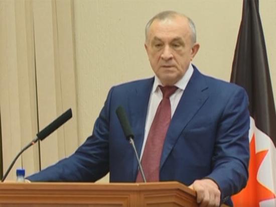 Губернаторы, пронзенные вертикалью: отношения Москвы и региональных властей радикально изменились