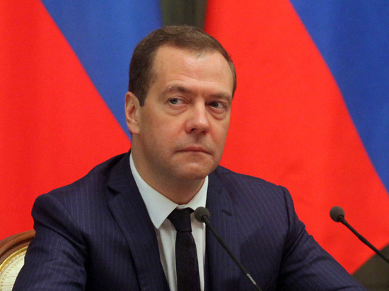 Коммунисты хотят, чтобы премьер занял «вразумительную» позицию