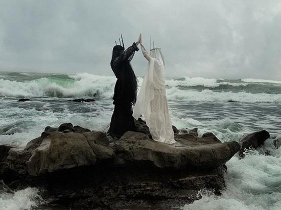 «Случилось ужасное»: мать Люцифера пожаловалась на его тайное крещение бабушкой