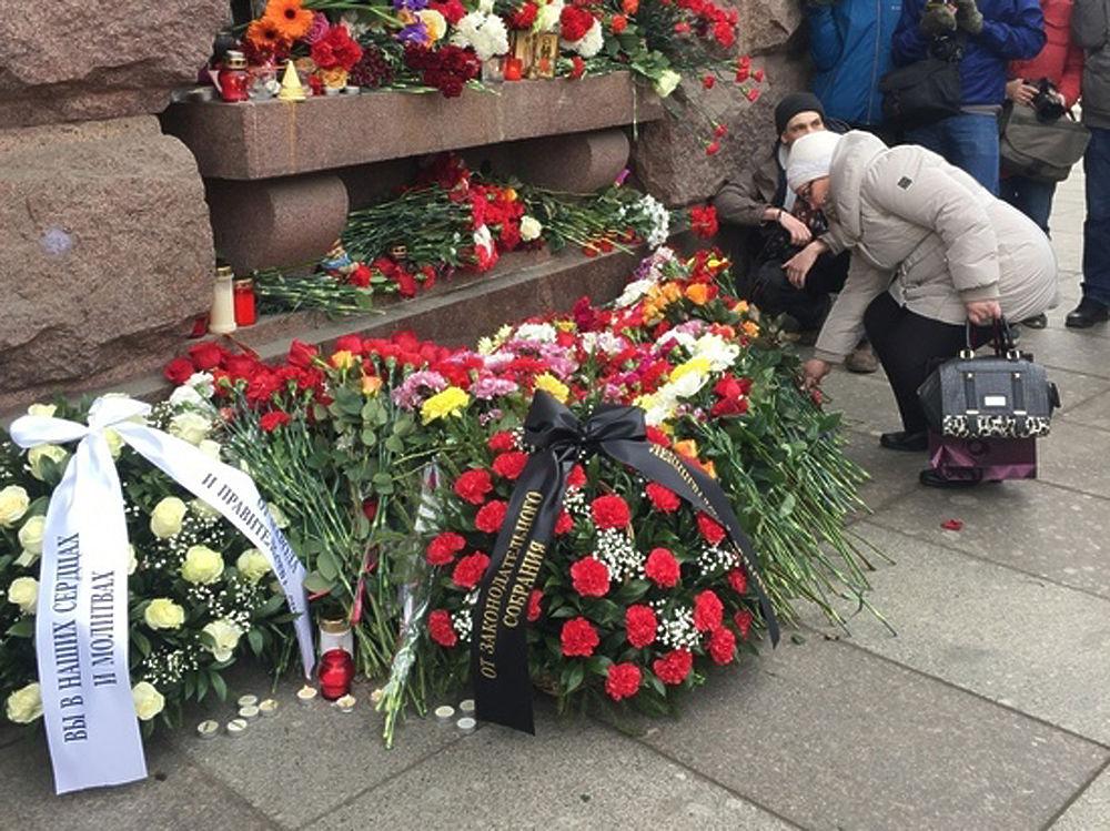 Лица и судьбы жертв теракта в Петербурге: были полны надежд