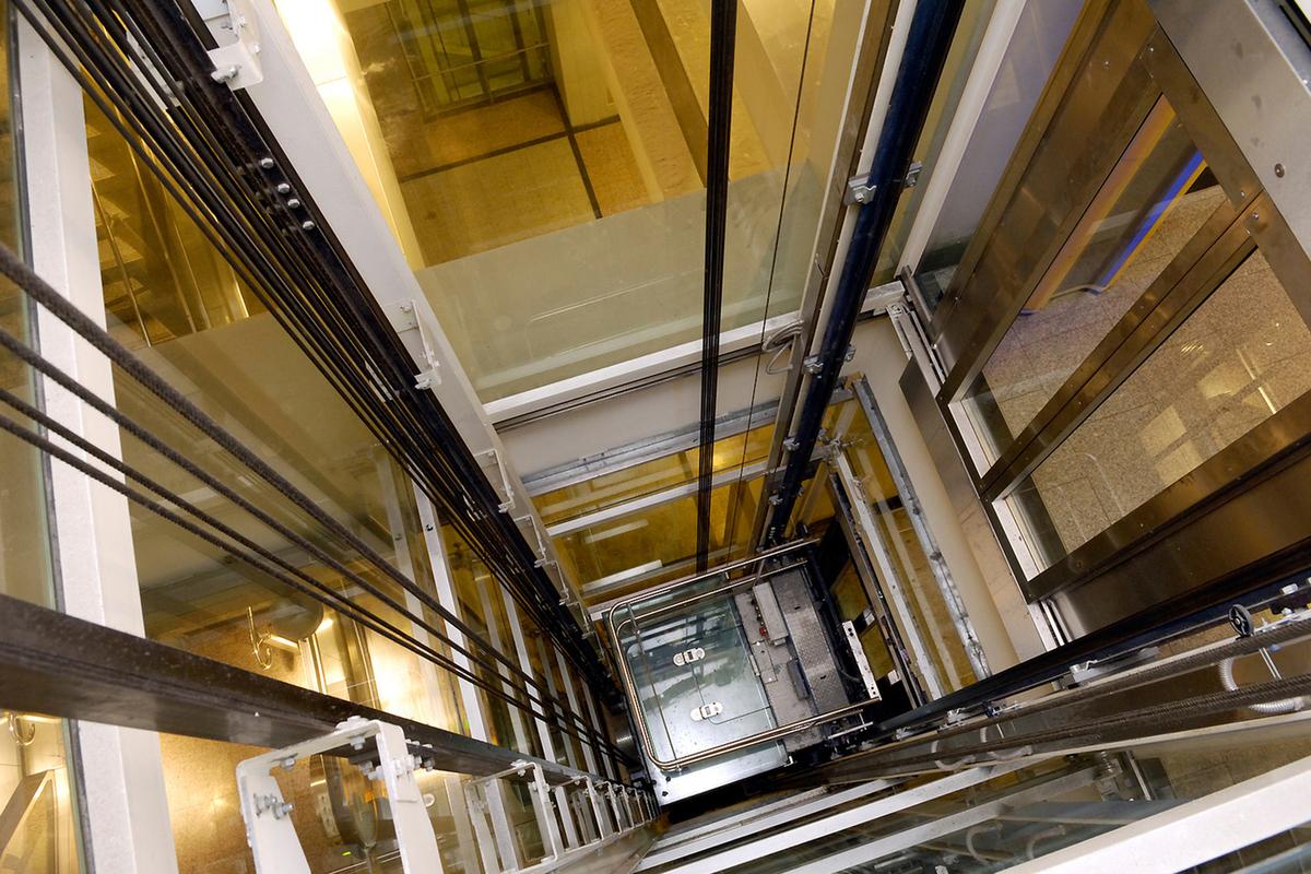 картинки для лифтовой компании