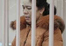 Басманный суд Москвы отправил в изолятор 45-летнюю Шохисту Каримову, которую подозревают в причастности к теракту в метро Петербурга, в результате которого погибли 14 человек, включая смертника Акбаржона Джалилова